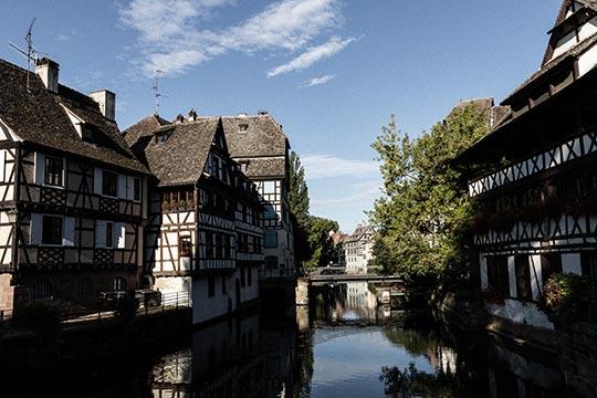 Centre ville de Strasbourg en Alsace, quartier Petite France