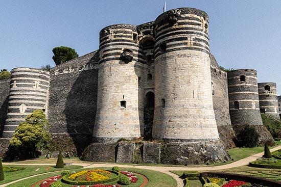Centre vile d'Angers et célèbre château